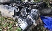 Hà Tĩnh: Xe máy nát bét, hai vợ chồng tử vong sau cú va chạm kinh hoàng với xe bán tải