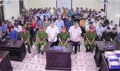 Vụ gian lận điểm thi tại Hà Giang: Bị cáo Triệu Thị Chính khóc nức nở tại tòa và nói mình không phạm tội
