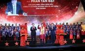 Phó thủ tướng Vương Đình Huệ trao giải cho 10 doanh nhân trẻ Sao Đỏ xuất sắc nhất năm 2019