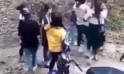 Mâu thuẫn trên mạng xã hội, 2 nhóm nữ sinh kéo nhau lên đồi cao su giải quyết