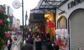 Hàng nghìn du khách đổ về Thủ đô du xuân đầu năm