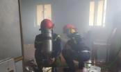 Nghệ An: Nhà dân bốc cháy dữ dội nghi do sự cố hệ thống điện mặt trời
