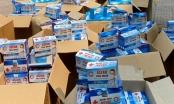 """""""Khám"""" 2 xe bán tải phát hiện 50.000 khẩu trang y tế không rõ nguồn gốc"""