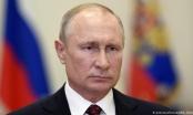 Tổng thống Nga Putin xuất hiện hiếm hoi ở Điện Kremlin giữa dịch Covid-19
