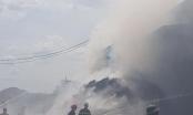 Cháy dữ dội tại cơ sở sản xuất tăm tre giữa trưa nắng nóng đỉnh điểm
