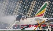 [Clip]: Máy bay chở hàng Boeing 777 bốc cháy dữ dội tại sân bay Trung Quốc