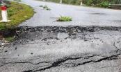 Dốc nguy hiểm bậc nhất Nghệ An bất ngờ xuất hiện vết nứt, sụt lún kéo dài
