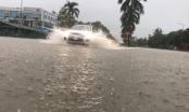 Nghệ An: Mưa lớn Thành Vinh chìm trong biển nước