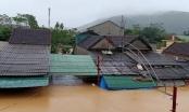 Nghệ An: Video nước đã đến mái nhà, tiếp cận giải cứu người dân trong đêm