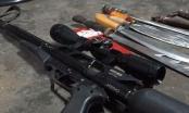 Phát hiện súng tự chế và nhiều hung khí khi khống chế đối tượng ngáo đá