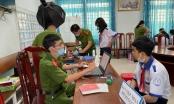 Công an huyện Nhơn Trạch vừa phòng chống Covid-19 vừa hoàn thành chỉ tiêu căn cước công dân