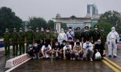 Trao trả 16 người Trung Quốc nhập cảnh trái phép vào Việt Nam