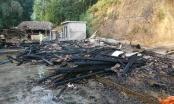 """Yên Bái: Một ngôi nhà bị """"bà hỏa"""" thiêu rụi nghi do chập điện"""