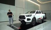 Toyota Hilux 2021 bản thể thao có gì đấu vua bán tải Ford Ranger?