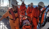 Cứu nạn thuyền viên gặp tai biến tại vùng biển Quảng Ngãi