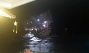 Cứu nạn 40 thuyền viên tàu cá bị trôi dạt khi biển động