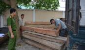 Quảng Nam: Ngụy trang chở bao vỏ ve chai để vận chuyển gỗ lậu
