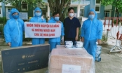 Trao thiết bị y tế, nhu yếu phẩm cho y bác sĩ, người dân vùng dịch Quảng Nam, Đà Nẵng