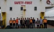 Cứu nạn 11 thuyền viên, hành khách trên tàu chở than chìm trên biển