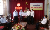 Ngành Điện lực trao 800 triệu đồng góp phần cùng TP Đà Nẵng phòng, chống dịch COVID-19
