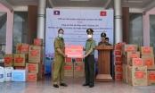 Công an Quảng Nam trao thiết bị y tế phòng chống Covid–19 cho Công an tỉnh Sê Kông – Lào