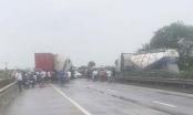 Lại tai nạn giao thông, Quốc lộ 5 ùn tắc gần 10km