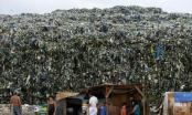 """Xung đột ở """"thành phố rác thải nhựa"""" Valenzuela"""