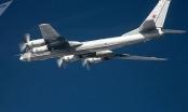"""2 máy bay ném bom của Nga bị máy bay Mỹ """"đánh chặn"""""""
