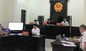 """Vụ án """"Cố ý gây thương tích"""" tại Phú Thọ: VKS bổ sung, sửa chữa cáo trạng bằng… miệng ngay tại phiên tòa?"""