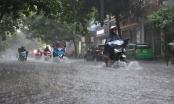 Miền Trung mưa lớn, bão Bailu tiến sát Biển Đông