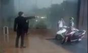 Dân mạng dậy sóng trước việc bảo vệ khách sạn Grand Plaza ở Hà Nội đuổi người trú giông lốc