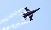 Máy bay quân sự Bỉ gặp nạn tại Pháp, một phi công mắc đường điện cao thế