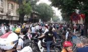 Hà Nội: Giải pháp nào xử lý hiệu quả ùn tắc giao thông trước cổng trường?