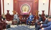 Vợ chồng cựu Tổng thống Hoa Kỳ Barack Obama bất ngờ đến Việt Nam