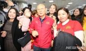 U23 Việt Nam tới Hàn Quốc, HLV Park Hang Seo gây sốt với giới truyền thông