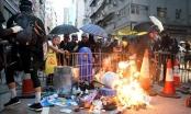 Hong Kong bắt giữ nhiều đối tượng tình nghi ném bom xăng vào đồn cảnh sát