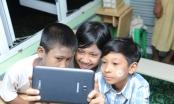 Samsung tặng miễn phí smartphone cho người bị cách ly