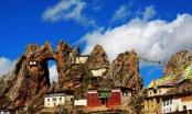 Khám phá ngôi đền cổ bí ẩn nhất Tây Tạng