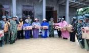 Quân đội giúp dân ứng phó mưa lũ miền Trung