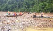 Quảng Nam chạy đua bão số 10 tìm người mất tích
