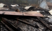 Quảng Nam: Ngôi nhà gỗ bốc cháy, 2 cháu nhỏ tử vong thương tâm