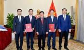 Phó Thủ tướng, Bộ trưởng Bộ Ngoại giao trao quyết định bổ nhiệm nhân sự mới