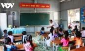 """Bản lĩnh giáo viên vùng cao vượt qua khó khăn, bám nghề """"gieo chữ"""""""