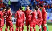 Đội tuyển Việt Nam dùng tiền vệ nào để đánh chặn Nhật Bản từ giữa sân?