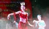 """Ngắm nữ sinh ĐH Văn hóa đắm mình trong vũ điệu """"mỹ nhân ngư"""" lộng lẫy"""