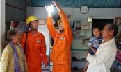 Bộ Công Thương muốn đóng dấu mật với giá điện, xăng dầu