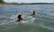 Mùa hè: Báo động tình trạng đuổi nước ở trẻ em