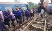Những hình ảnh mới nhất từ hiện trường vụ tai nạn tàu hỏa ở Huế