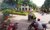 Vĩnh Phúc: Rau củ thối bị tuồn vào trường tiểu học, hàng trăm phụ huynh bức xúc