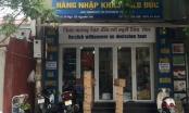 Thủ phủ hàng xách tay trên phố Nguyễn Sơn nhộn nhịp trở lại